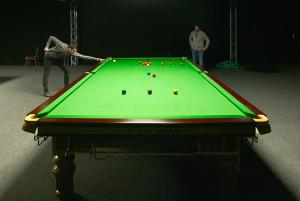1200px-Snooker table selby