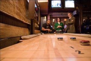 how-to-play-shuffleboard